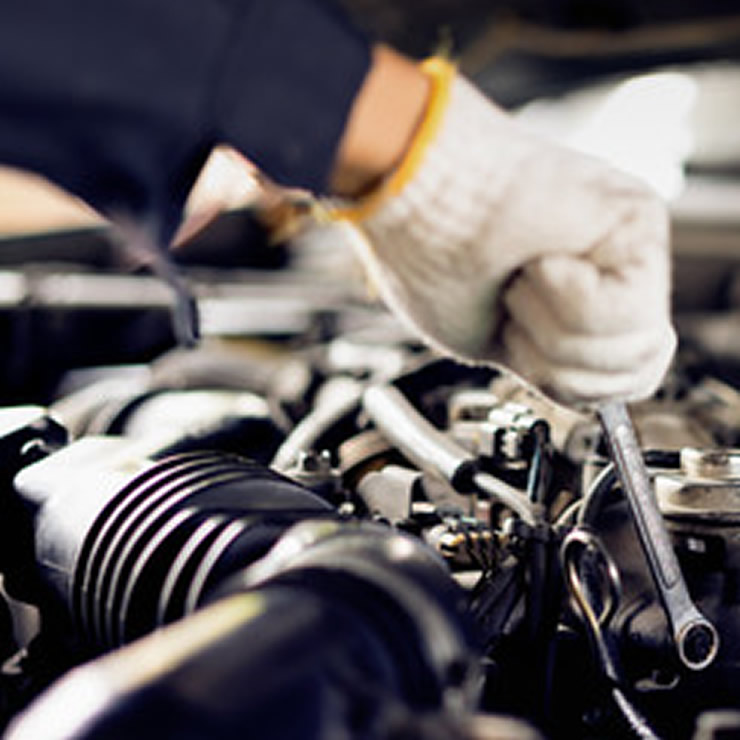 Mot Garage In Welwyn Garden City - Engines